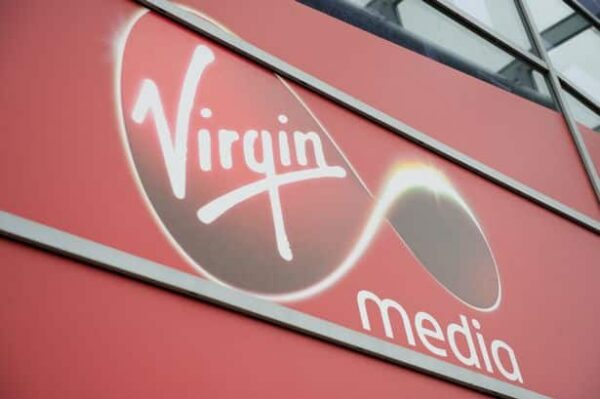 Virgin Media Superhub Instruction Manual 1
