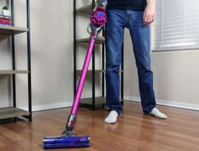 Comparing Dyson V6 with the new V7 Cordless Vacuum