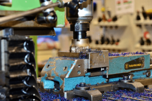 What is CNC milling and CAM software? 3