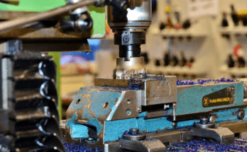 What is CNC milling and CAM software? 2