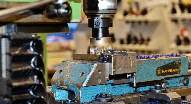 What is CNC milling and CAM software? 1